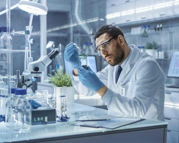 Estudiar curso laboratorio farmacéutico
