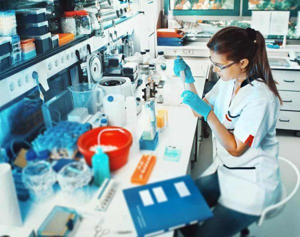 Máster en auxilair de laboratorio