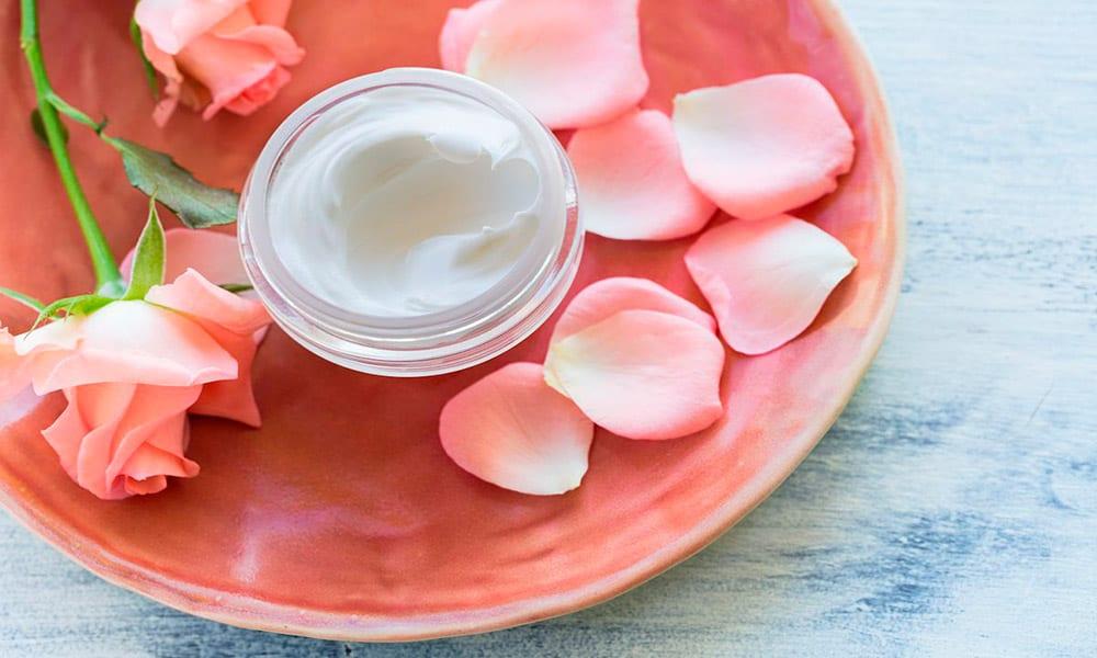 Productos dermocosméticos: beneficios para la salud y la belleza de la piel